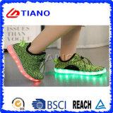 Zapatos de la alta calidad LED con la carga del cable del USB (TNK90002)