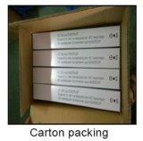Accessori della toletta stampati uF con l'involucro sopra