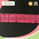 La fabbrica di fabbricazione ha ricamato il merletto del Crochet di disegno della guarnizione del cotone