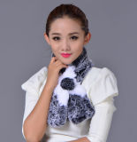 As mulheres formam o lenço 100% do inverno da pele do coelho de Rex (YKY4396)