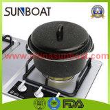 炭素鋼のグリルが付いている円形のエナメルの焙焼の鍋または在庫の鍋またはSaucepotスープ鍋