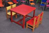 4개의 의자 (SF-23C)를 가진 나무로 되는 아이들 테이블