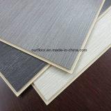 Tegel van de Bevloering van de Tegel van de Muur van de Korrel WPC van het Draadtrekken van het kristal de Vinyl