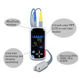 Oxymètre tenu dans la main du pouls My-C014 avec la radio Funciton de Bluetooth