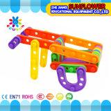 ブロックのおもちゃの知的なおもちゃは、多彩なプラスチック机おもちゃ、DIYのおもちゃを妨げる