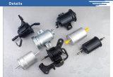 El coche del surtidor del SGS parte la cubierta de aluminio del filtro de combustible