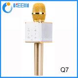 Micrófono estéreo del Karaoke de Bluetooth del micrófono portable de la radio Q7