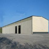 La structure métallique a préfabriqué la construction utilisée pour l'entrepôt en acier