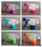 Tête cosmétique de déclenchement de brume en plastique