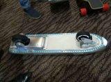 Form zwei Rad-elektrisches Skateboard mit Ferncontroller