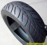 Motorrad-Reifen mit hohem Gummiinhalt