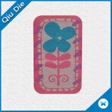 Contrassegno a forma di personalizzato del panno del fiore per l'indumento