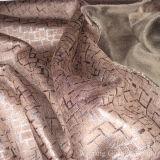 Напечатанная фольгой кожаный замша 100% полиэфира ткани с задней стороной ватки