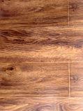 Plancher en bois stratifié / stratifié AC3 de qualité 8mm 12mm HDF imperméable à l'eau