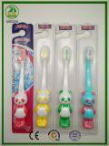 Toothbrush das crianças dos anos 6+