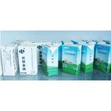 박판으로 만들어진 종이상자를 포장하는 우유와 주스