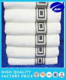 100%のエジプト綿タオルの浴室タオルのホテルタオル