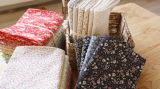 tessuto di stampa 100%Cotton per i vestiti dei bambini della base del vestito