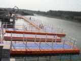 Puente de flotación del embarcadero el pontón de flotación