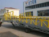 Tipo arrastado rampas de carregamento portáteis do caminhão hidráulico ajustável para o Forklift