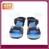 販売のための人の方法浜のサンダルの靴