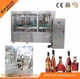 Máquina que capsula del embotellado líquido del alcohol