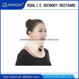 Collare cervicale della parentesi graffa di sostegno del collo