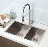 Нержавеющая сталь вытягивает вне Faucet раковины кухни шарнирного соединения (30426)