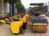 中国振動ローラーの後ろの0.5トンの手動の歩行