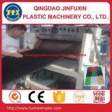 Plastik-PET Gras-Matte, die Maschine herstellt