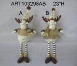 Renna di seduta con il rivestimento lavorato a maglia ed i corni svegli della bacca, regalo di Asst-Natale 2