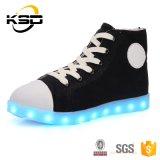 Transpirables zapatos de lona Material de deporte LED luz luminosa Zapatos China de fábrica del precio bajo los zapatos de la zapatilla de deporte LED