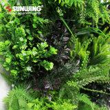 Parede verde artificial ao ar livre dos painéis do projeto o mais atrasado do jardim