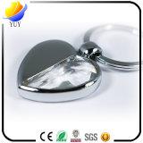 Trousseau de clés en métal de forme de coeur de l'amoureux 3D de souvenir de mariage avec le grand diamant