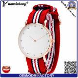 Relojes ocasionales de la venta al por mayor del OEM del cuarzo de nylon de la correa del reloj de las mujeres del diamante de la elegancia de la manera Yxl-221