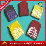 Chaussettes de tricotage de ligne aérienne de taille différente pour des gosses et des adultes