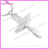De herdenkings DwarsTegenhanger van de As van Juwelen met de Vleugel Ijd9712 van Kristallen