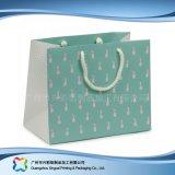 Sac de transporteur de empaquetage estampé de papier pour les vêtements de cadeau d'achats (XC-bgg-040)