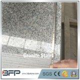 Los pasos de progresión grises nublados más baratos del granito G602 para la escalera de piedra al aire libre del granito