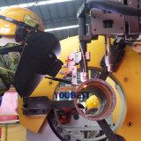 Fabricação da tubulação para o encaixe de tubulação acima da máquina da estação e de soldadura