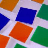 Vidros coloridos para filtros óticos dos sistemas infravermelhos
