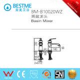 Mezclador barato al por mayor blanco del lavabo de colada del cuarto de baño (BM-B10020WZ)