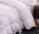 Haupttextilweiße Farben-Polyester-Bettwäsche-Steppdecke