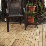 屋内および屋外のための耐久の厚く自然な木の連結のタイル
