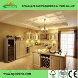 Meubles simples solides blancs personnalisés de cuisine en bois librement