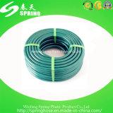 Boyau de jardin enroulé vert flexible de PVC avec le boyau tressé de l'eau de PVC de gicleur réglable