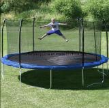 6本の足を搭載する15FTの円形のトランポリンおよび子供および大人に遊ぶことのための安全策