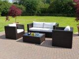 Furnir bon sofa extérieur de rotin de 4 parties a placé avec le coussin blanc T-081