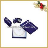 贅沢な宝石類の包装のペーパーギフト用の箱