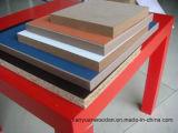 Doppeltes versah bunter Melamin MDF für die Dekoration-und Möbel Herstellung mit Seiten
